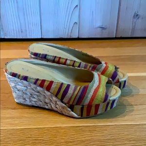 Chinese Laundry Colorful Straw Wedges Size 7